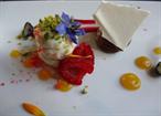 En av V Zátisís konstnärliga desserter