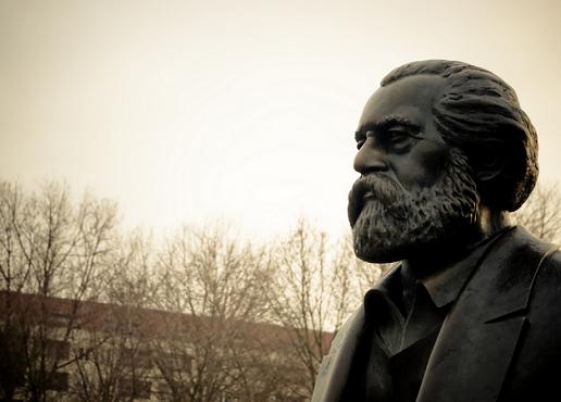Karl Marx-staty (Foto: flickr/fhwrdh BY CC 2.0)